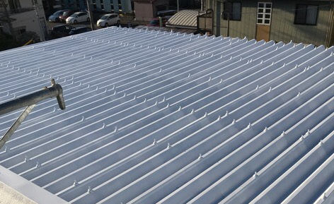 屋根塗装工事(和光ビル様)