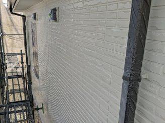 2階外壁中塗り完了