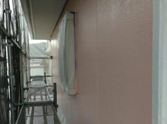 1階外壁上塗り
